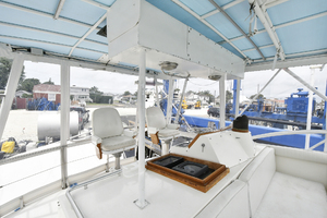 46' Bertram 46 Convertible 1979 Flybridge Seating