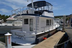 39' Mainship 395 Trawler 2010 Starboard Aft Quarter