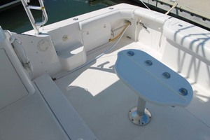 36' Bertram Moppie 1998 Cockpit