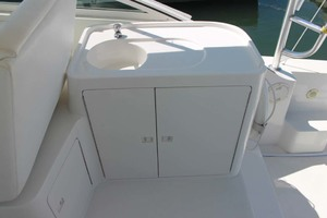 36' Bertram Moppie 1998 Deck Sink