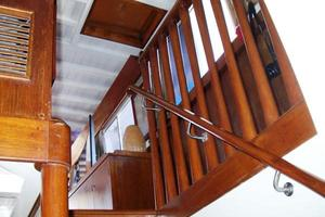 50' Grand Banks 50 Europa 1974 Staircase