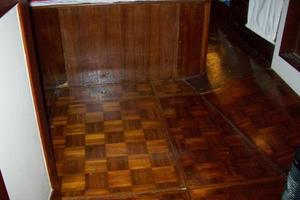 50' Grand Banks 50 Europa 1974 Parquet Floors_Gorgeous_Throughout