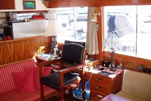 50' Grand Banks 50 Europa 1974 Salon_Forward Stbd