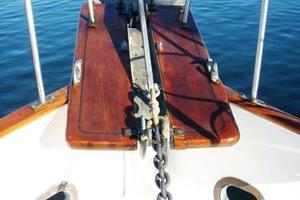 50' Grand Banks 50 Europa 1974 Anchor & Pulpit