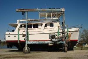 50' Grand Banks 50 Europa 1974 Profile_Hanging in Slings