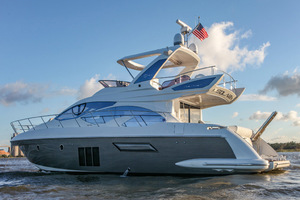 54' Azimut Flybridge 2014 Port Side