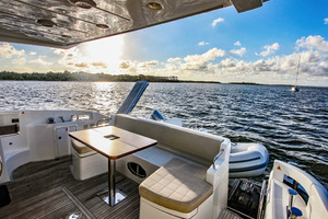 54' Azimut Flybridge 2014 Aft Deck