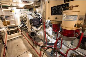 54' Offshore Yachts Pilothouse 2001 Engine Room