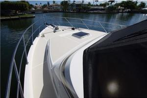 54' Offshore Yachts Pilothouse 2001 Bow