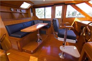 54' Offshore Yachts Pilothouse 2001 Pilothoue