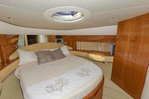 61' Viking Sport Cruiser 2003 VIP