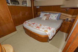 61' Viking Sport Cruiser 2003 Master Looking Aft