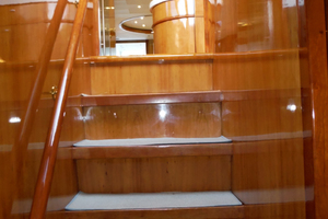 82' Hargrave Flybridge Motor Yacht 2001 Steps to Forward Cabins