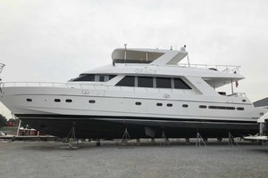 82' Hargrave Flybridge Motor Yacht 2001 Recent Bottom Job
