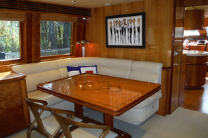 82' Hargrave Flybridge Motor Yacht 2001 Salon Dining Area