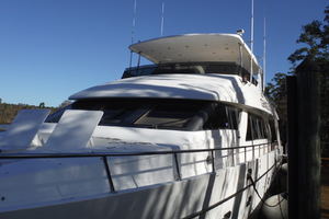 82' Hargrave Flybridge Motor Yacht 2001 Bow Area