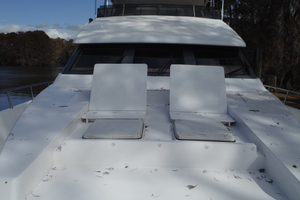 82' Hargrave Flybridge Motor Yacht 2001 Custom Bow Seats