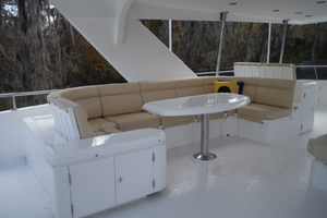 82' Hargrave Flybridge Motor Yacht 2001 Flybridge Seating Port Side