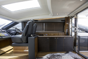 62' Princess V62-S 2015 STBD upper salon