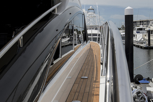 62' Princess V62-S 2015 STBD side deck