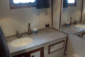 Island-Gypsy-Aft-Cabin-Motoryacht-1997-PAINT-BY-NUMBER-Stuart-Florida-United-States-Master-En-Suite-Head-1081717