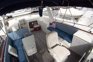 44' Island Gypsy Aft Cabin Motoryacht 1997 Flybridge to Port Aft