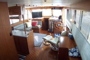 44' Island Gypsy Aft Cabin Motoryacht 1997 Saloon View Forward