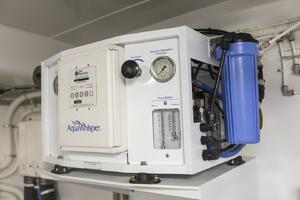 60' Hatteras 60 Motor Yacht 2013 Aqua Whisper by Sea Recovery