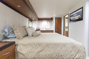60' Hatteras 60 Motor Yacht 2013 Master stateroom view 3