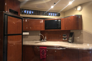 38' Sea Ray 380 Sundancer 2003 Galley view 2