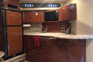 38' Sea Ray 380 Sundancer 2003 Galley