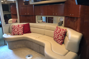 38' Sea Ray 380 Sundancer 2003 Salon