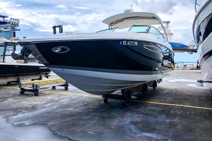 33' Cobalt 336 2014 Port bow profile