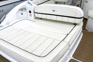 33' Cobalt 336 2014 Aft/transom seating area