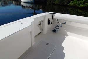 36' Luhrs 36 Open 2005 Transom door