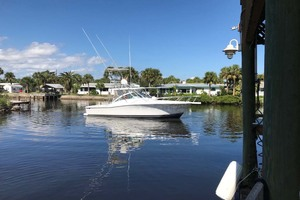 36' Luhrs 36 Open 2005 Stbd Side