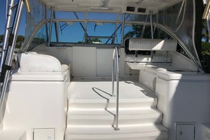 36' Luhrs 36 Open 2005 Bridge Deck