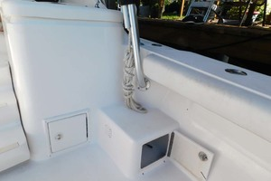 36' Luhrs 36 Open 2005 Stbd Boarding Step