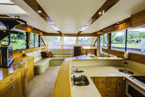 60' Maritimo 60 Convertible Sportfish 2007 Salon Forward