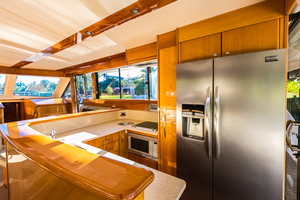 60' Maritimo 60 Convertible Sportfish 2007 Galley