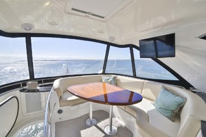 54' Meridian Sedan Bridge 2011 Flybridge Dinette