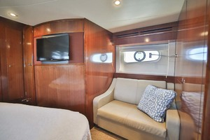 54' Meridian Sedan Bridge 2011 Master Settee