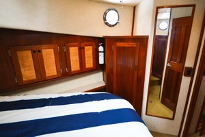 Nordic-Tugs-Flybridge-2005-Trident-Cocoa-Florida-United-States-Master-Stateroom-STbd-1085940