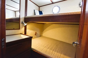 Nordic-Tugs-Flybridge-2005-Trident-Cocoa-Florida-United-States-Guest-Stateroom-Fwd-1085943