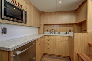 45' Hatteras 45 Express No Tower 2019 Galley