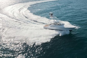 45' Hatteras 45 Express With Tower 2019 RunningProfile