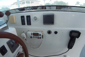36' Sabre Express MK ll 2000 Stbd of Helm