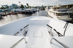 DREAM WEAVER is a Christensen 1990 Yacht For Sale in Fort Lauderdale--8