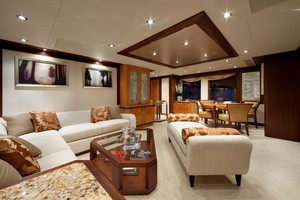DREAM WEAVER is a Christensen 1990 Yacht For Sale in Fort Lauderdale-Sky Lounge 2-19