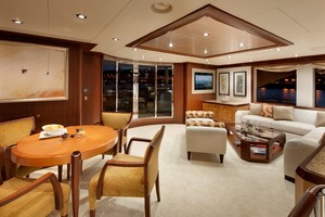 DREAM WEAVER is a Christensen 1990 Yacht For Sale in Fort Lauderdale-Sky Lounge 3-20